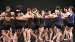 http://www.fotofisch-berlin.de - Isabelle Schad _ COLLECTIVE JUMPS