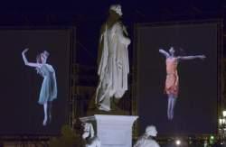 <http://www.fotofisch-berlin.de - Tanz im August_David Michalek_SLOW DANCING